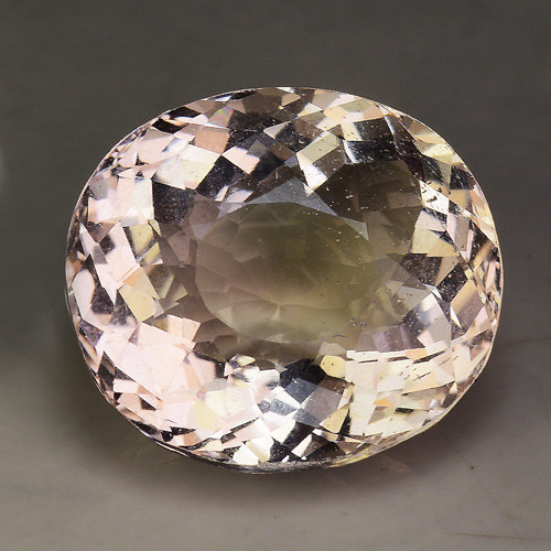 9.25 Cts Morganite Awesome Color and Luster Gemstone MG2