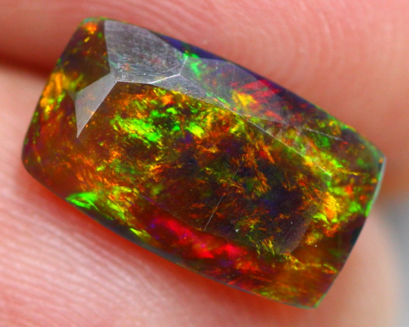 1.45Ct Natural Fire Flash Pattern Ethiopian Welo Faceted Opal~B05/5