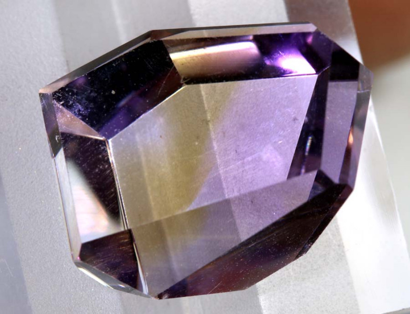 18.90- CTS -NATURAL AMETRINE FACETED STONE   PG-2560