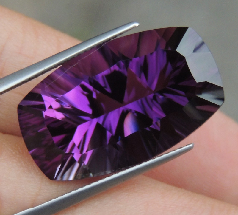 23.37cts, Amethyst,  Top Cut, Clean, Untreated, Concave