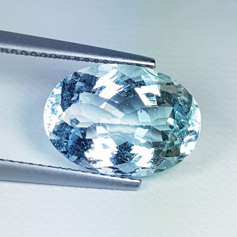 6.03 ct Collector's Gem Beautiful Oval Cut Natural Aquamarine