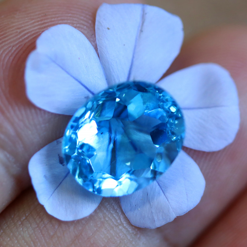 6.70 CTS ELECTRIC BLUE TOPAZ  STUNNING  [GERMANY TREATED][S-SAFE219]