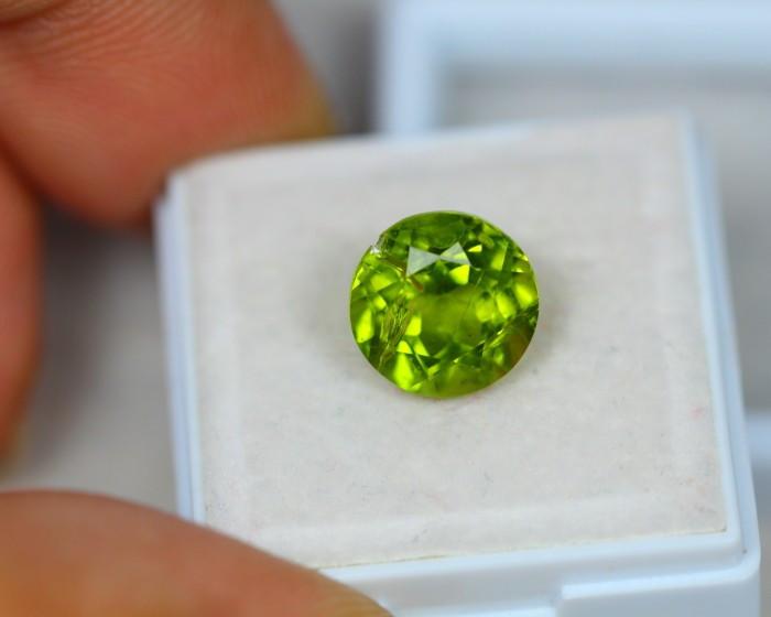 4.89Ct Green Peridot Round Cut Lot LZB433