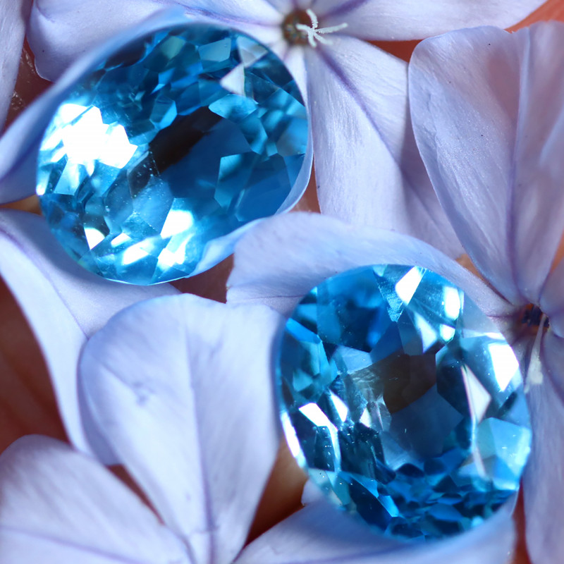 11.91 CTS ELECTRIC BLUE TOPAZ PAIR STUNNING  [GERMANY TREATED][S-SAFE226]