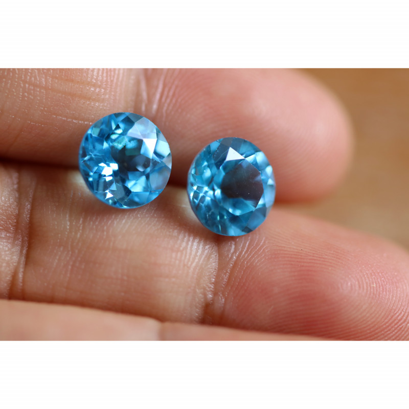 7.15 CTS ELECTRIC BLUE TOPAZ PAIRS STUNNING  [GERMANY TREATED][S-SAFE233]