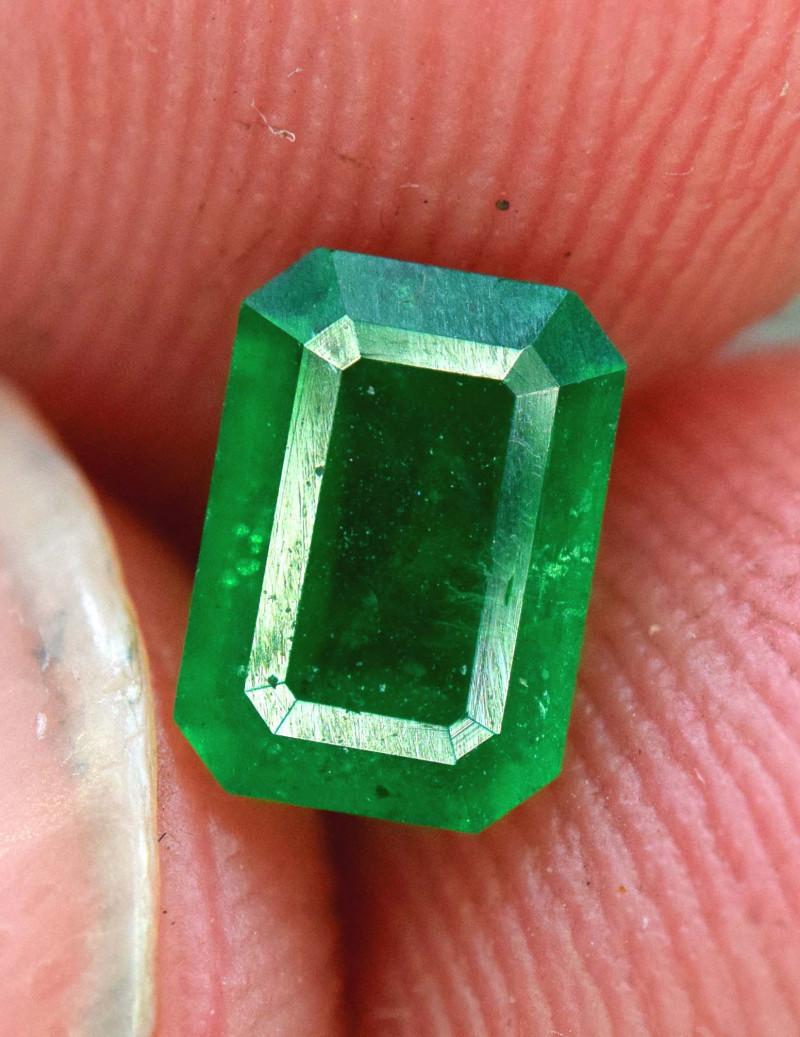 0.60 Carats Natural Swat deep color Emerald gemstone From Pakistan
