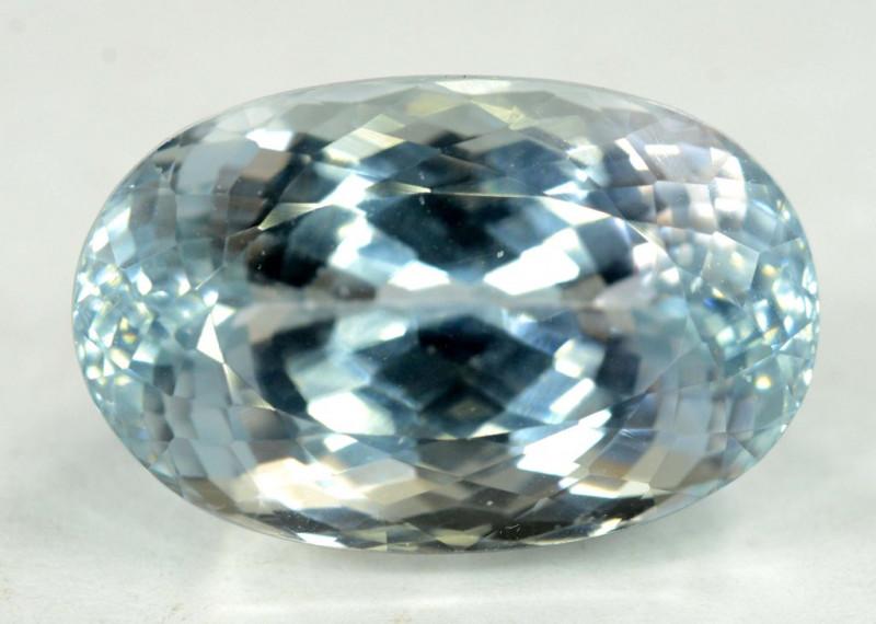38.75 Carats  Top Quality Aqua Color Spodumene Gemstone