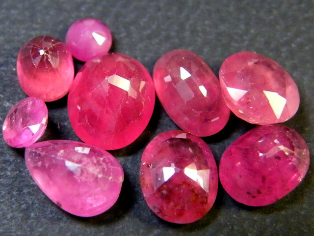 LARGE EYE CLEAN SPARKLING RUBIES LOT 10 CT RM 408