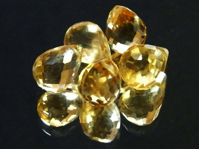 AAAA FLAWLESS GOLDEN YELLOW TOPAZ PARCEL 15.90 CTS SGS 679