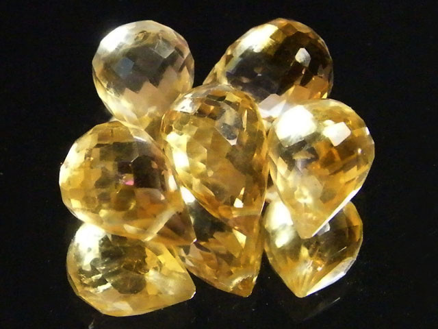 AAAA FLAWLESS GOLDEN YELLOW TOPAZ PARCEL 15.05 CTS SGS 682