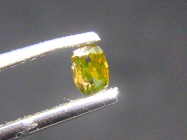 0.18ct Fancy Deep Yellow Green Diamond , 100% Natural Untreated