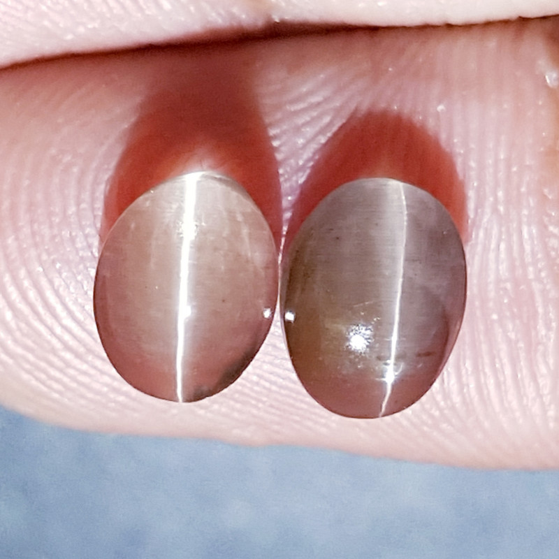 4.00 ct Parcel Pair of Beautiful Oval Cabochon Sillimanite Cat's Eye