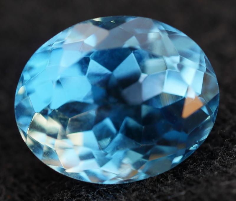 2.60 CRT LOVELY SWISS BLUE TOPAZ VERY CLEAR-