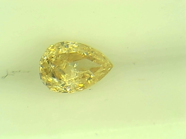 0.19ct  Fancy Golden Diamond , 100% Natural Untreated