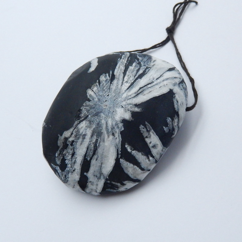 New Arrival Chrysanthemum Gemstone Pendant Polished Gem A867