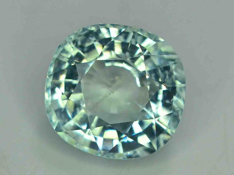 GSGC  Certified 7.46 Carats Natural  Light Blue Aquamarine Gemstones