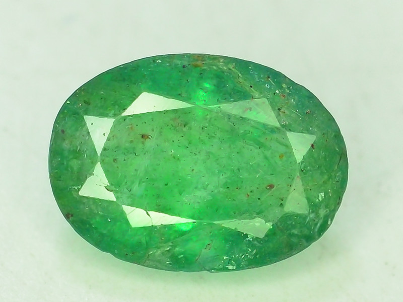 Top Color  3.10 Cts Natural Emerald Gemstones