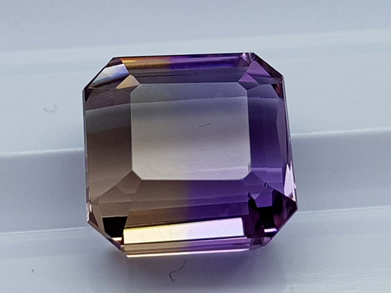 5.95CT BOLIVIAN AMETRINE BEST QUALITY STONES IGCAMCB95