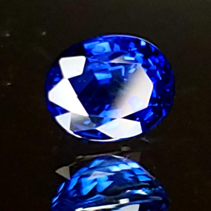 1.01ct Ceylon Sapphire