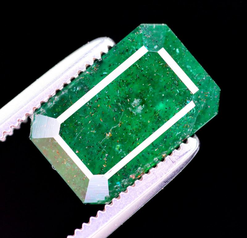 2.95  Ct Brilliant Color Natural Swat Emerald