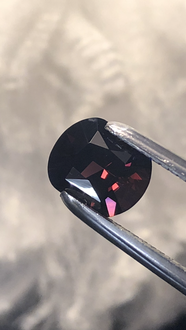 GGA-2.45CT - SPINEL-BURMA NOBLE RED PERFECT SIZE FOR JEWELLERY- VERY CLEAN-