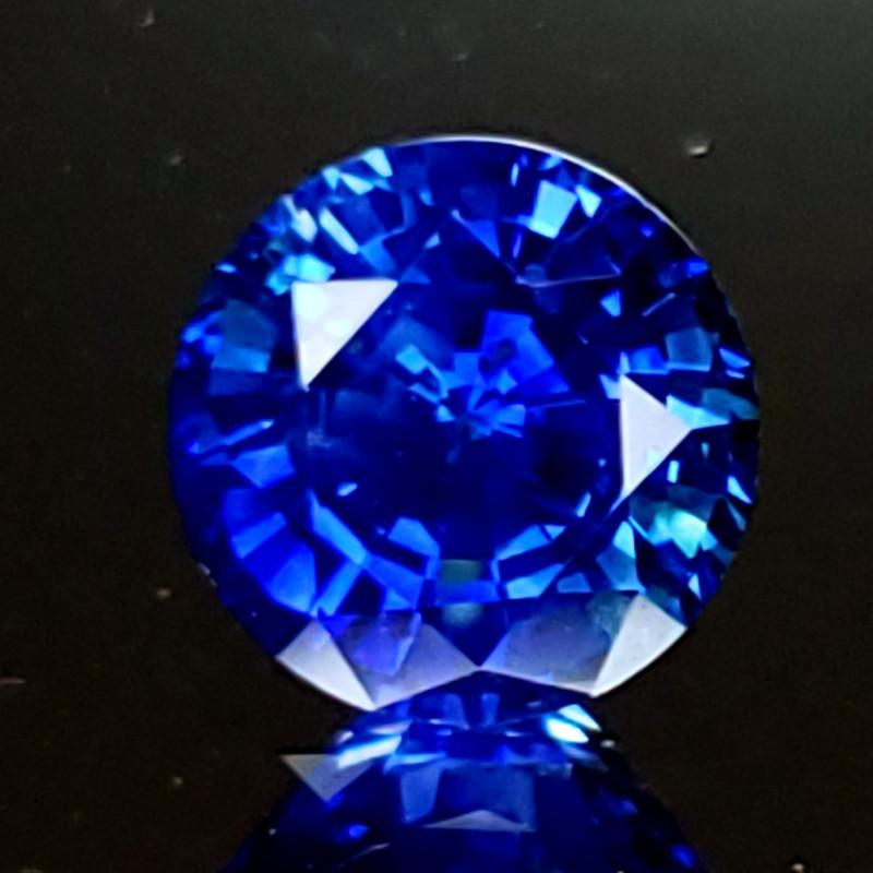 1112f3d6f022 1.80ct Sapphire Blue
