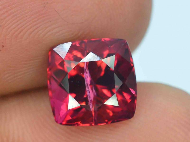 4.90 carats Rubelite Tourmaline Gemstone
