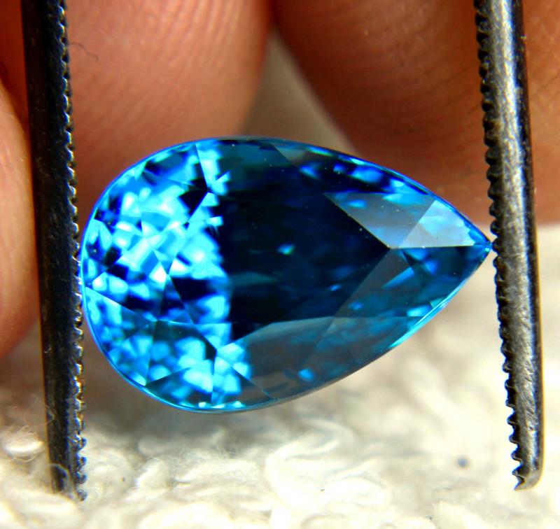 CERTIFIED - 7.32 Ct. Swiss Blue VVS Southeast Asian Zircon - Gorgeous
