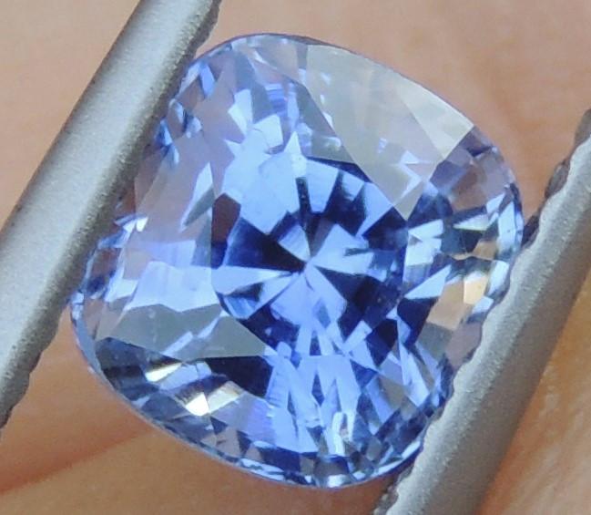1.47cts No Heat, Certified  Sapphire, Top Cut