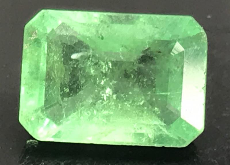 3.19 ct natural untreated Emerald. Emerald Cut.