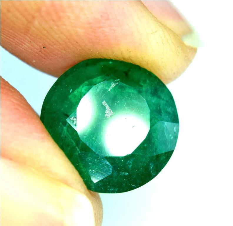 3.15 cts Swat Emerald Gemstone