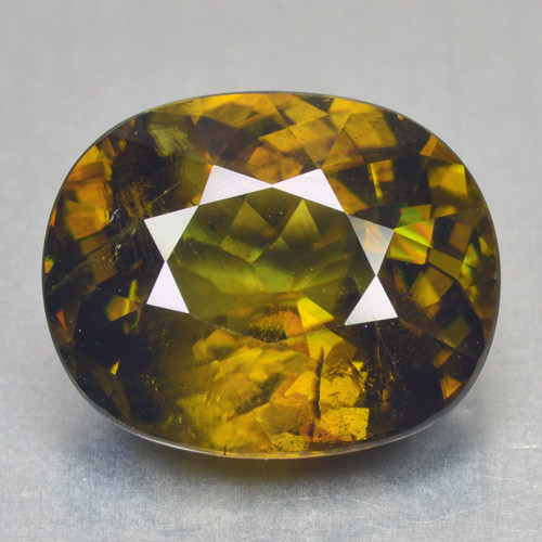 8.19 Cts NATURAL YELLOWISH GREEN COLOR RUSSIAN SPHENE LOOSE GEMSTONE