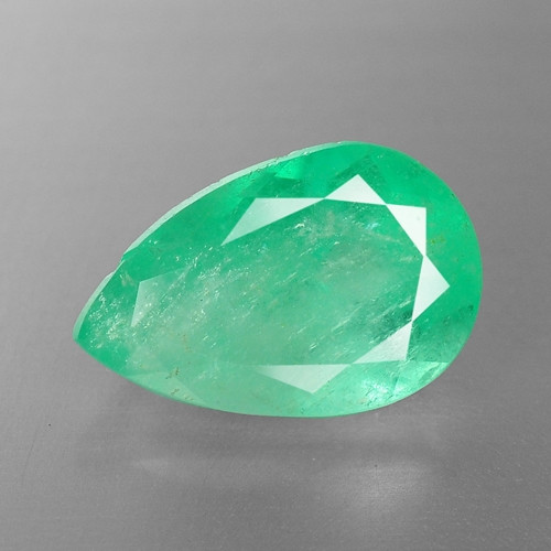 4.65 Cts NATURAL EARTH MINED GREEN COLOR COLOMBIAN EMERALD LOOSE GEMSTONE