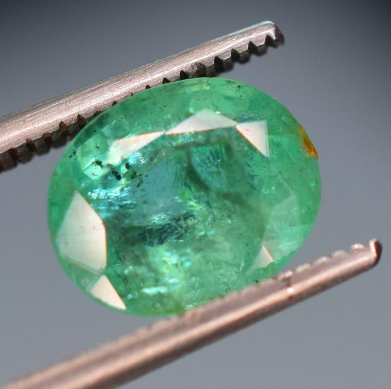 2.10 Carats Natural Emerald Gemstone
