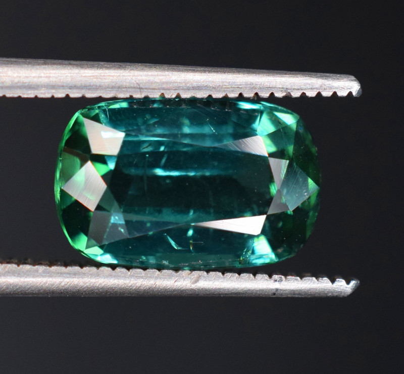 2.45 Carats Tourmaline Gemstones