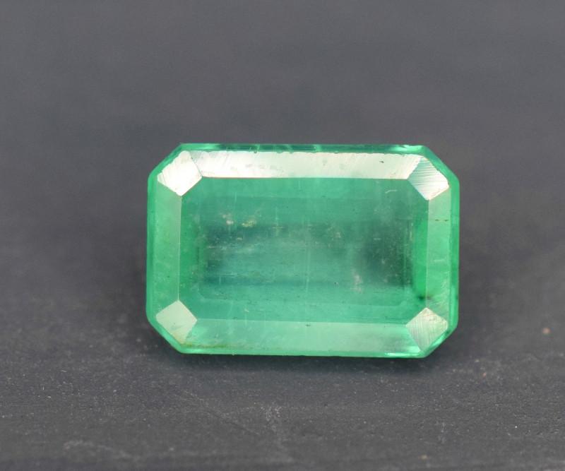 1.45 carats Natural color Emerald gemstone