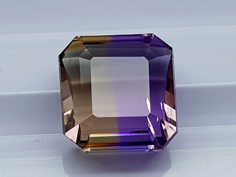 6.35CT BOLIVIAN AMETRINE BEST QUALITY STONES IGCAMCB91