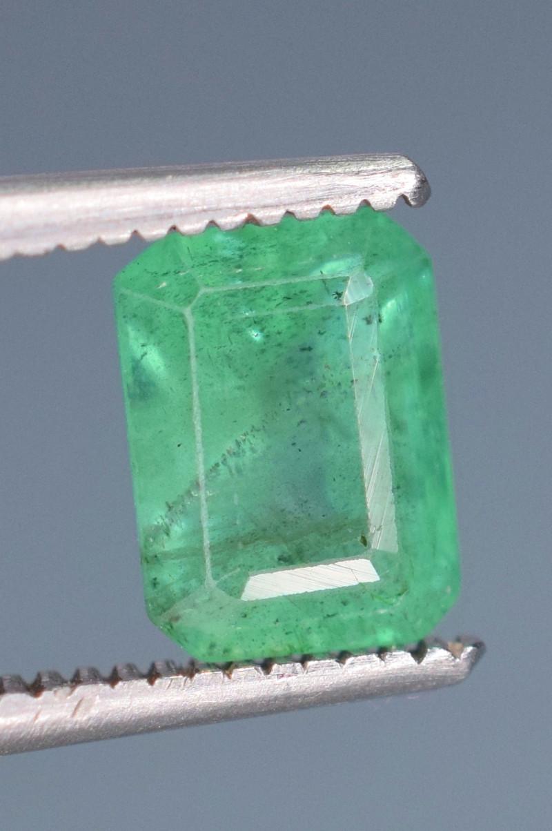 1.10 carats Natura green  color Emerald gemstone
