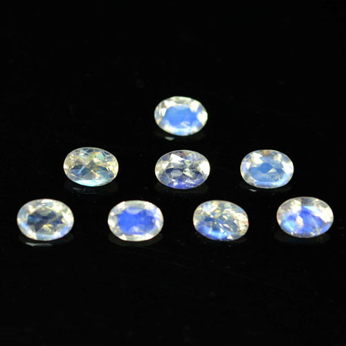 5.83Cts Untreated Natural Rainbow Moonstone Oval Faceted 7X5mm