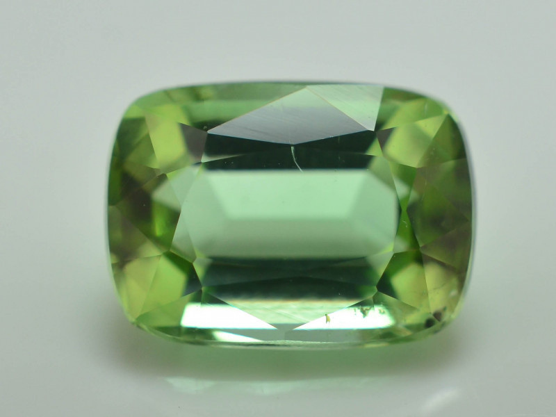 Amazing Color 2.00 ct Natural Green Color Tourmaline