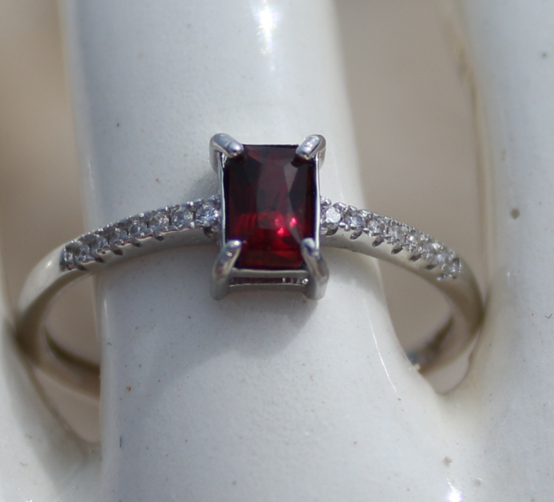 65624f029 Red Garnet .50ct,White Gold Plated,Solid Sterling