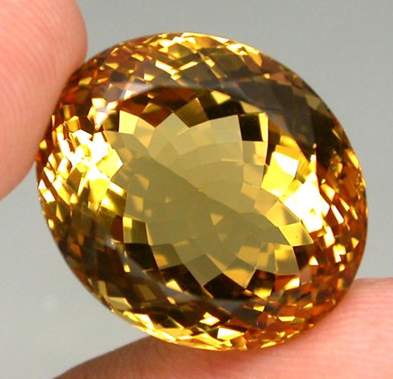 28.34ct. 100% Natural Top Yellow Golden Citrine Brazil