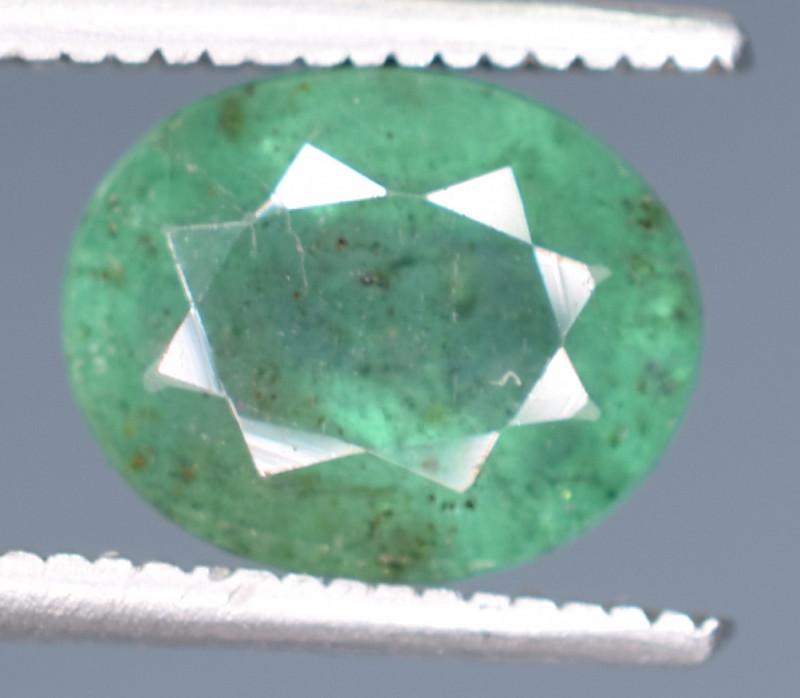2.20 Carats Natural Emerald Gemstone