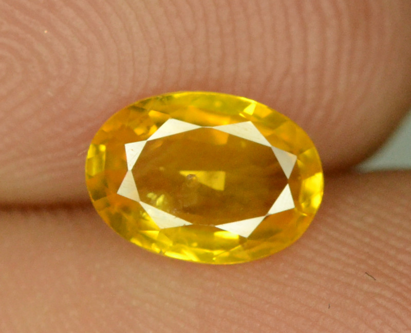 1.01 ct Natural Yellow Sapphire