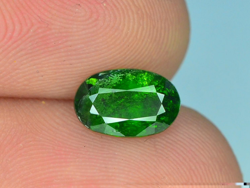 1.25 ct Natural Untreated Chrome diopside B
