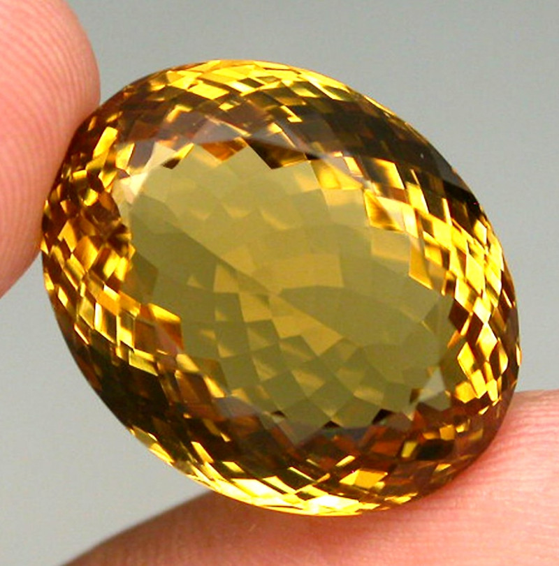 Clean 27.33ct.  100%natural Top Yellow Golden Citrine Brazil