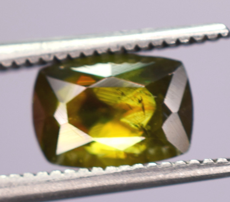 1.30 Carats Top Fire  Natural Sphene Gemstones