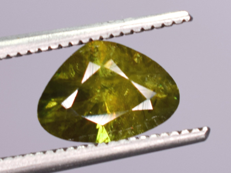 1.15 Carats Top Fire  Natural Sphene Gemstones