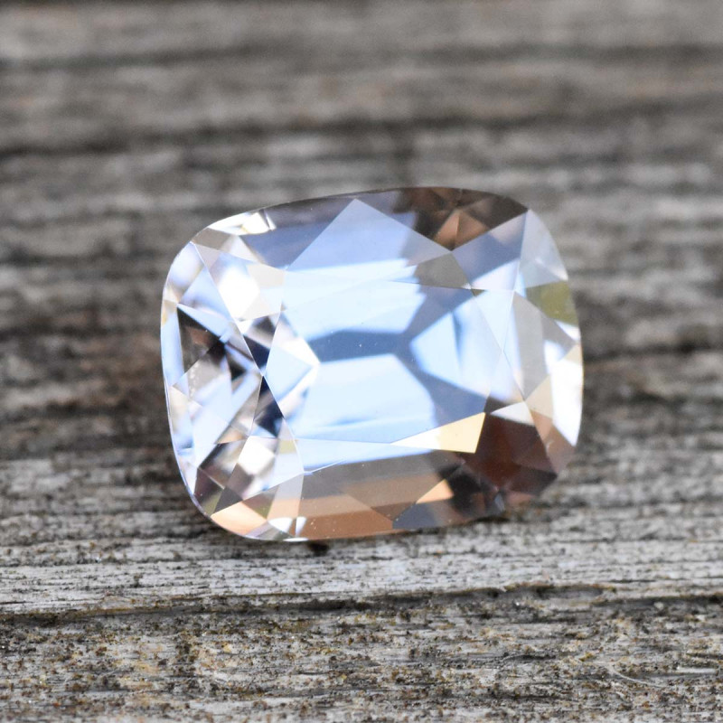 1.65cts Grey Spinel - Metallic Luster (RS141)