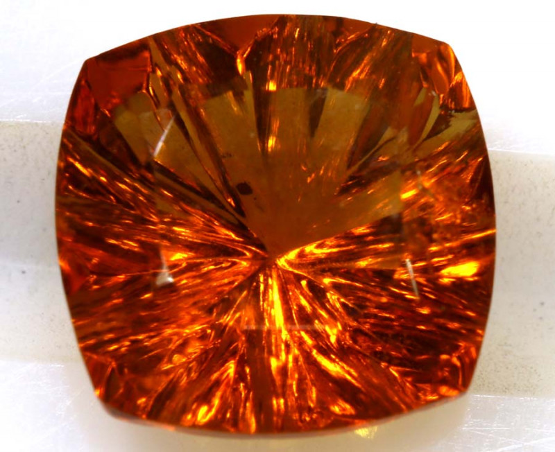 1.83- CTS CITRINE FACETED PG-2581